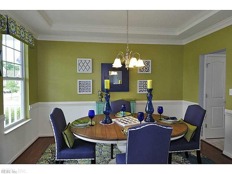 Buttercup Dinning Room
