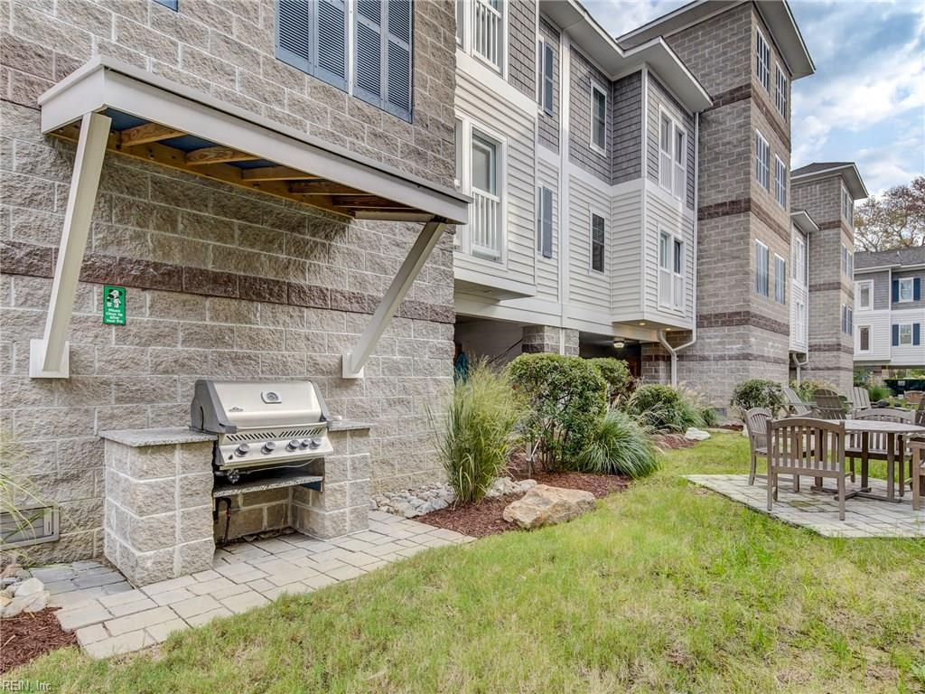 The courtyard features two natural-gas grills, perfect for grilling out on a beautiful summer day! The natural-gas is INCLUDED with the condo fees, and is available on a first-come, first-serve basis!