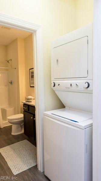 LAUNDRY ROOM AND BATHROOM IN GENERATIONAL SUITE