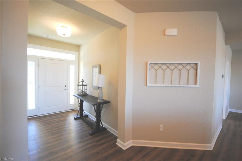 Foyer leading into great room -  Similar Photo