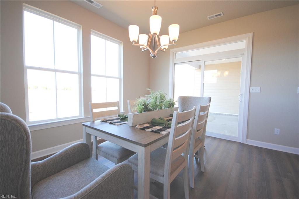 Dining area with patio access -  Similar Photo