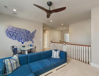 Property image 11 of 23.