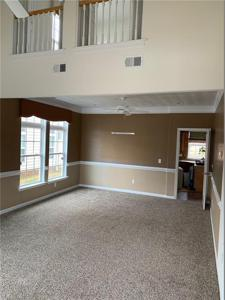 Property image 3 of 17.