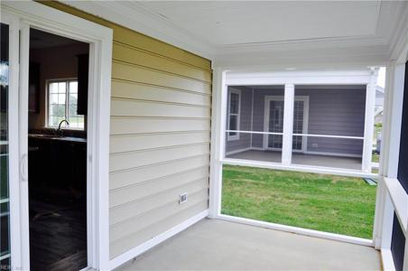 Property image 10 of 18.